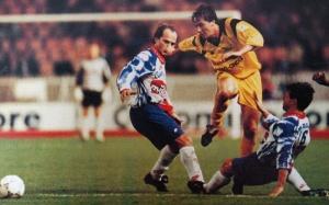 Laurent Fournier et Bruno Germain tentent de stopper un Caennais (HAC Foot Archives)