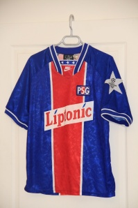Maillot domicile 1994-95, version Europe (collection MaillotsPSG)