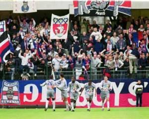 Joie partagée entre joueurs et supporters (Ch. Gavelle)