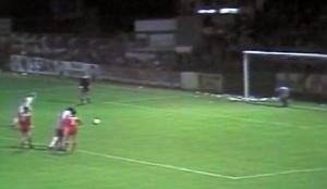 Le penalty transformé par Kees Kist