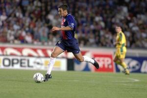 Pierre Ducrocq balle au pied