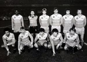 Les Auxerrois avant le coup d'envoi (Vintage Football Club)