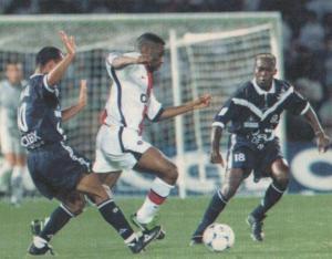 9899_Bordeaux_PSG_Okocha2RG