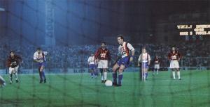 Gabriel Calderon s'apprête à marquer sur penalty