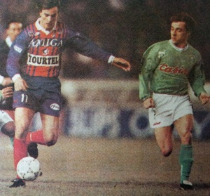 David Ginola devance Deguerville (HAC Foot Archives)