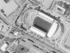 Vue aérienne du stade de Gerland en travaux en 1997