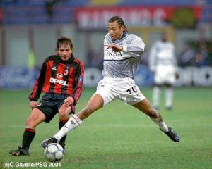 Edouard Cissé devant Leonardo