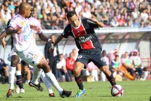 Photo Ch. Gavelle, psg.fr (image en taille et qualité d'origine: http://www.psg.fr/fr/Actus/105003/Galeries-Photos#!/fr/2011/2205/27342/match/Evian-PSG/Evian-PSG-2-2)