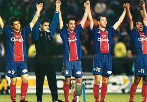 Fournier, Cobos, Djorkaeff, Le Guen et Loko présentent la Coupe d'Europe au public du Parc