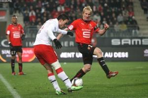 Photo Ch. Gavelle, psg.fr (image en taille et qualité d'origine : http://www.psg.fr/fr/Actus/105003/Galeries-Photos#!/fr/2009/1907/21323/match/Rennes-PSG/Rennes-PSG-1-0)