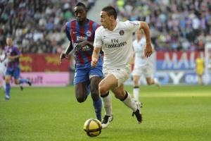 Photo Ch. Gavele, psg.fr (image en taille et qualité d'origine : http://www.psg.fr/fr/Actus/105003/Galeries-Photos#!/fr/2010/2041/25486/match/Caen-PSG/Caen-PSG-1-2)