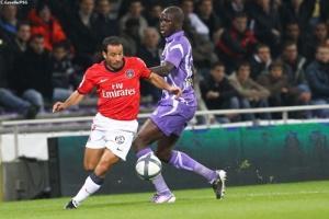 Photo Ch. Gavelle, psg.fr (image en taille et qualité d'origine : http://www.psg.fr/fr/Actus/105003/Galeries-Photos#!/fr/2010/2058/23768/match/Toulouse-PSG/Toulouse-PSG-0-2)