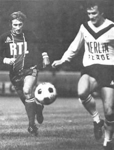 Denis Bauda à la poursuite d'un Girondin