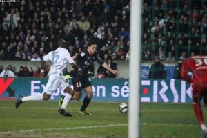 Photo Ch. Gavelle, psg.fr (image en taille et qualité d'origine: http://www.psg.fr/fr/Actus/105003/Galeries-Photos#!/fr/2009/1915/21832/match/PSG-Marseille/PSG-Marseille-0-3)