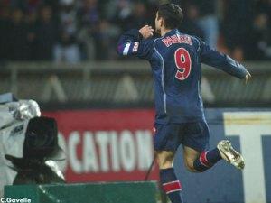 La joie de Pauleta après son but en toute fin de match (Ch. Gavelle)
