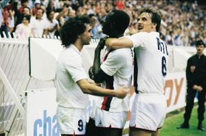 Rocheteau, Toko et Zaremba fêtent le 3ème but