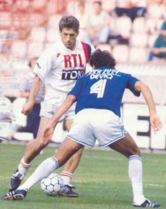 Safet Susic face à Blanc