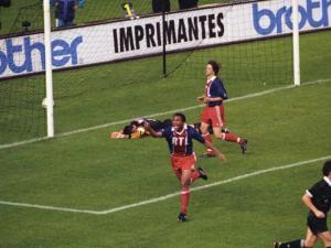 La joie d'Antoine Kombouaré après l'ouverture du score sur penalty
