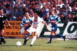 David Ginola, qui marquera les deux buts parisiens