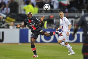 Photo Ch. Gavelle, psg.fr (image en taille et qualité d'origine: http://www.psg.fr/fr/Actus/105003/Galeries-Photos#!/fr/2008/1765/19356/match/Lyon-PSG/Lyon-PSG-0-0)