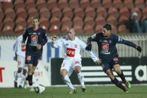 Photo Ch. Gavelle, psg.fr (image en taille et qualité d'origine : http://www.psg.fr/fr/Actus/105003/Galeries-Photos#!/fr/2009/1980/21464/match/PSG-Aubervilliers/PSG-FCMA-5-0)