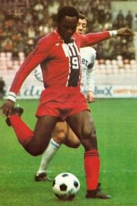 François M'Pelé, lui, en marquera deux...