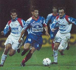 Laurent Fournier poursuivi par deux Lyonnais