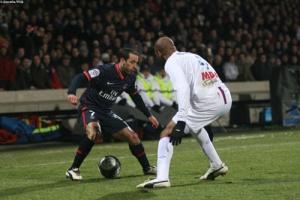 Photo Ch. Gavelle, psg.fr (image en taille et qualité d'origine: http://www.psg.fr/fr/Actus/105003/Galeries-Photos#!/fr/2009/1911/21630/match/Lyon-PSG/Lyon-PSG-2-1)