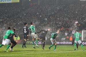 Photo Ch. Gavelle, psg.fr (image en taille et qualité d'origine: http://www.psg.fr/fr/Actus/105003/Galeries-Photos#!/fr/2011/2218/28267/match/Saint-Etienne-PSG/ASSE-PSG-0-1)
