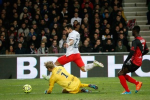 Photo Ch. Gavelle, psg.fr (image en taille et qualité d'origine: http://www.psg.fr/fr/Actus/105003/Galeries-Photos#!/fr/2014/2901/43869/match/Guingamp-Paris-1-0/Guingamp-Paris-1-0)