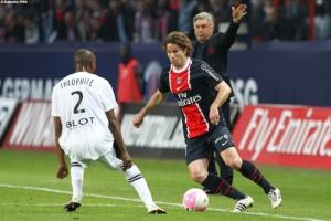 Photo Ch. Gavelle, psg.fr (image en taille et qualité d'origine: http://www.psg.fr/fr/Actus/105003/Galeries-Photos#!/fr/2011/2236/29851/match/PSG-Rennes-3-0/PSG-Rennes-3-0)