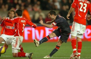 Pauleta met les défenseurs lisbonnais à contribution
