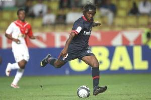 Photo Ch. Gavelle, psg.fr (image en taille et qualité d'origine: http://www.psg.fr/fr/Actus/105003/Galeries-Photos#!/fr/2009/1894/20549/match/Monaco-PSG/Monaco-PSG-2-0)
