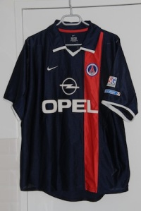 Maillot domicile 2001-02 (collection MaillotsPSG)
