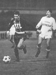 Philippe Redon balle au pied