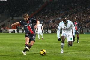 Photo Ch. Gavelle, psg.fr (image en taille et qualité d'origine: http://www.psg.fr/fr/Actus/105003/Galeries-Photos#!/fr/2010/2043/25355/match/Marseille-PSG/Marseille-PSG-2-1)