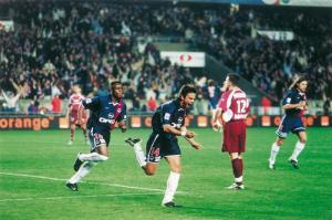 La joie de Fabrice Fiorèse après son but...
