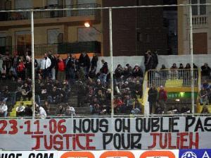 Hommage des supporters niçois à Julien