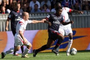 Photo Ch. Gavelle, psg.fr (image en taille et qualité d'origine: http://www.psg.fr/fr/Actus/105003/Galeries-Photos#!/fr/2009/1893/20471/match/PSG-Lille/PSG-Lille-3-0-1-0)