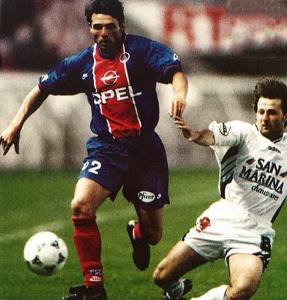 Laurent Fournier balle au pied
