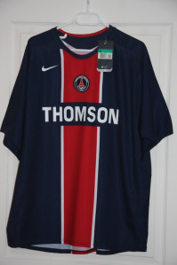 Maillot domicile 2005-06 (collection MaillotsPSG)