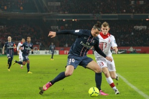 Photo Ch. Gavelle, psg.fr (image en taille et qualité d'origine: http://www.psg.fr/fr/Actus/105003/Galeries-Photos#!/fr/2012/2429/32858/match/Paris-Lille-1-0/Paris-Lille-1-0)