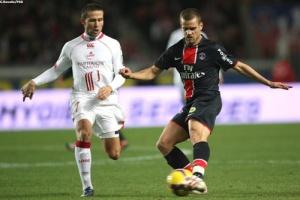 Photo Ch. Gavelle, psg.fr (http://www.psg.fr/fr/Actus/105003/Galeries-Photos#!/fr/2008/1743/17781/match/PSG-Lille/PSG-Lille-1-0)