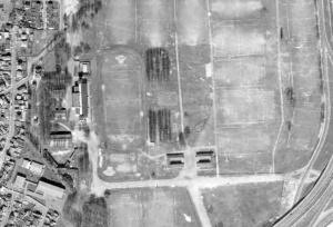 Vue aérienne du stade Marville au début des années 70