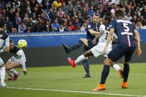 Photo C. Gavelle, psg.fr (image en taille et qualité d'origine: http://www.psg.fr/fr/Actus/105003/Galeries-Photos#!/fr/2014/2919/46583/match/Paris-Guingamp-6-0/Paris-Guingamp-6-0)