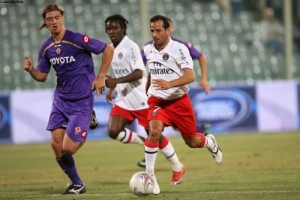 Photo Ch. Gavelle, psg.fr (image en taille et qualité d'origine: http://www.psg.fr/fr/Actus/105003/Galeries-Photos#!/fr/2009/1943/20117/match/Fiorentina-PSG/Fiorentina-PSG-0-3)