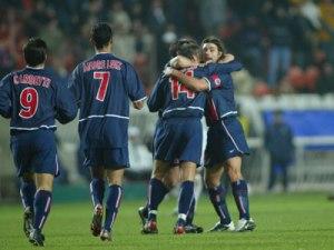 La joie des parisiens après le but de Fabrice Fiorèse (Ch. Gavelle)