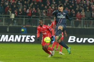 Photo Ch. Gavelle, psg.fr (image en taille et qualité d'origine: http://www.psg.fr/fr/Actus/105003/Galeries-Photos#!/fr/2012/2424/32217/match/Valenciennes-Paris-0-4/Valenciennes-Paris-0-4)
