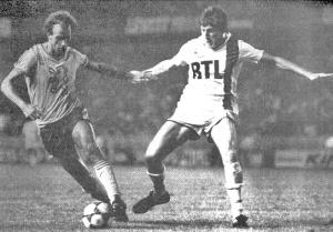 Luis Fernandez à la lutte avec Ruty (archives MK)