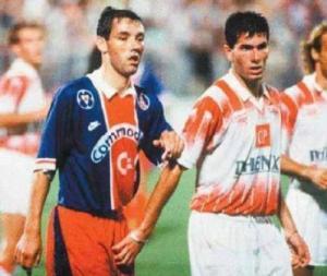 Zidane, l'auteur du but cannois, fait